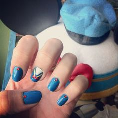 Donald Duck inspired Disney nails