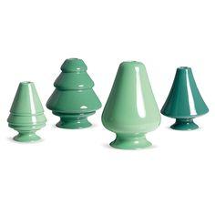 Kerzenständer von Kähler – Mintgrün - Anstrich in Pastell: ein frischer Ton, der Farbe in Garderobe und Wohnung bringt – mit cleanen Mode- und Livingstücken