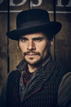Hans Matheson #Jericho some serious swooning over this man