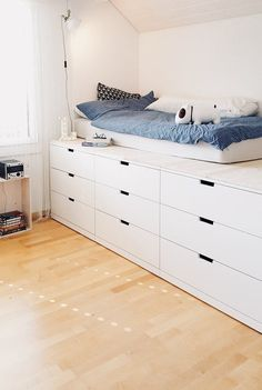 Picture of Merlynn & SoLebIch.de The post Picture of Merlynn appeared first on Dekoration. Home, Small Room Bedroom, Ikea Bed, Bedroom Inspirations, Bedroom Design, Tiny Bedroom, Girls Bedroom, Bedroom Decor, Bed Storage