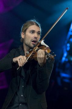 Photo of David GARRETT Violinist David Garrett performing on stage at ...