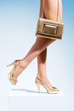 """""""Chi mi tolse la ragione? Chi trafugò il tempo? L'alicanto leggero mi condusse ai riflessi dell'oro…""""  Detail from our Spring Summer 15 Elata shoes collection."""