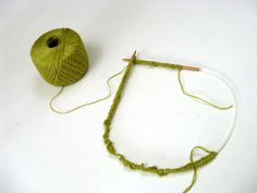 Now join, being careful not to twist…tips for knitting in the round // cocoknits