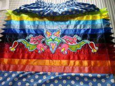 To Tree dedigns Native American Clothing, Native American Fashion, Ribbon Skirts, Ribbon Art, Dress Tutorials, Pow Wow, Beading Projects, Skirt Fashion, Beadwork