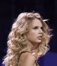 Uploaded by Find images and videos about Taylor Swift on We Heart It - the app to get lost in what you love. Red Taylor, Live Taylor, Taylor Alison Swift, Taylor Swift Gallery, Taylor Swift Pictures, Taylor Swift Speak Now, Red Tour, Celebs, Celebrities