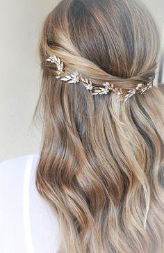 Down Do Wedding Hair, Bridal Hair Half Up, Boho Bridal Hair, Bridal Hair Vine, Wedding Hair And Makeup, Wedding Hair Jewelry, Wedding Stuff, Wedding Ideas, Bride Hair Accessories