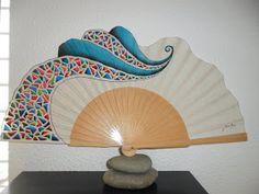 Silvia Ruso Artesanias.: ABANICOS DE DISEÑO Painted Fan, Backdrops, Cushions, Hand Fans, Home Appliances, Verbena, Traditional, Chinese, Accessories