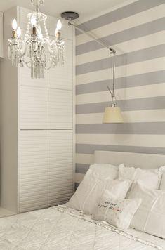 Marcenaria para otimizar. Veja: https://casadevalentina.com.br/projetos/detalhes/marcenaria-para-otimizar-530 #details #interior #design #decoracao #detalhes #decor #home #casa #design #idea #ideia #modern #moderno #aconchego #cozy #madeira #wood #casadevalentina #bedroom #quarto #dormitorio