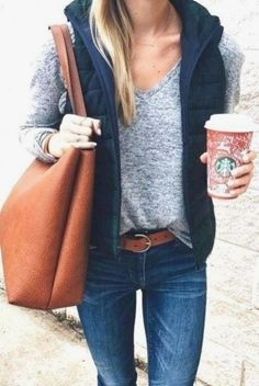 Best trendy and gorgeous jeans outfits may be your love this fall and winter Winter Vest Outfits, Jean Vest Outfits, Vest Outfits For Women, Casual Fall Outfits, Mode Outfits, Clothes For Women, Outfits 2016, Navy Vest Outfit, Jeans Outfit For Work
