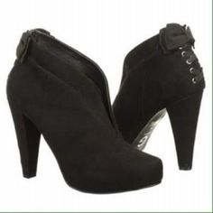 NWOT G By Guess booties Never worn and in perfect condition. Size 6. G by Guess Shoes Ankle Boots & Booties