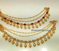 #GoldJewelleryDesignBridal Gold Jhumka Earrings, Gold Earrings Designs, Gold Jewellery Design, India Jewelry, Ear Jewelry, Gold Jewelry, Beaded Jewelry, Indian Wedding Jewelry, Bridal Jewelry