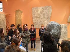 Visita a Museos y Exposiciones temporarias. En este caso, grupo de alumnos visitan el Museo de Calcos y Escultura comparada.