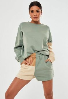 Green Co Ord Colourblock Jogger Shorts Sporty Outfits, Trendy Outfits, Cute Outfits, Unisex Fashion, Teen Fashion, Fashion Outfits, Bermuda Short, Jogger Shorts, Fashion Joggers