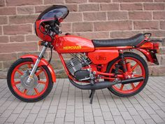 Triumph Motorcycles, Cars And Motorcycles, Ducati, Vespa Vintage, Moped Bike, Honda, Custom Moped, Scooters, Chopper