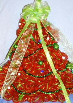 Red and green deco mesh Christmas Tree, Deco Mesh Christmas Tree, 2013 Deco Mesh Christmas Tree