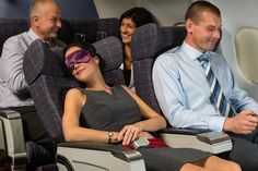 Four Strategies for Staying Comfy on a Long Flight (The Insatiable Traveler via Yahoo! Travel; photo: Shutterstock)