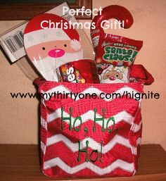 2014 Thirty-One Gifts Littles Carry-All - fabulous chevron print! Perfect for all ages! St. Nick's gift, holiday gift, teacher gift, personalized gift, www.mythirtyone.com/ginnief, get this tote for $5 in December 2014!