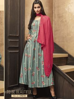 Online kurti shopping made easy! Shop this gilded multi colour party wear kurti for festival and party. Fashion Over, Curvy Fashion, Womens Fashion, Icon Fashion, Designer Salwar Suits, Designer Kurtis, Kurti Collection, Kurta Designs Women, One Piece Outfit