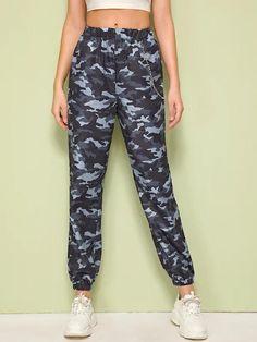 Women Chain Detail Camo Lantern Pants - Kiddenmart #womenpants #womenfashion Floral Print Pants, Printed Pants, Long Pants, Wide Leg Pants, Tie Dye Pants, Spandex Pants, Type Of Pants, Autumn Summer, Lanterns