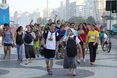 Unos 320 mil jóvenes de 190 países acompañados por 1200 obispos católicos esperan al #papa en #Brasil (vía @rolandoteleSUR)