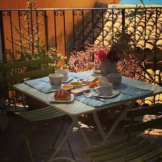 agrigento b&b anaka info www. Outdoor Tables, Outdoor Decor, B & B, Outdoor Furniture, Instagram, Home Decor, Interior Design, Home Interior Design, Yard Furniture
