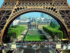 3. #Paris... - 15 plus romantiques #Destinations pour votre lune de #miel... → Love