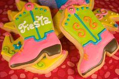Mexican Wedding Fiesta Cake | fiesta fiesta san antonio fiesta cowboy boots