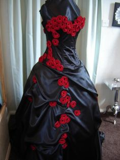 red/black wedding dress. I would wear it but probably give my mom ...