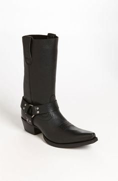 I'm not a cowgirl, but theses boots are just freekin' awesome!