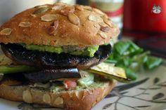 Airinie Cooks: Her Eclectic Kitchen: Vegetarian 'Meaty' Mushroom Sandwich