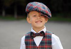 Plaid news boy hat / paper boy cap / blue red plaid cap by Nastiin