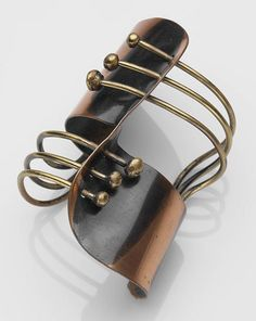Cuff bracelet of copper and brass by Art Smith, c. 1948 (Museum of Fine Arts, Boston)