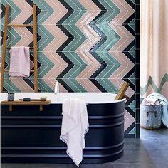 4 ways to get a boutique-chic bathroom Chevron Bathroom, Chevron Tile, Peach Bathroom, Herringbone Tile, Chic Bathrooms, Modern Bathroom, Style Tile, Bathroom Inspiration, Interior Inspiration
