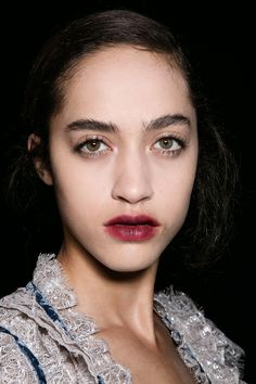 Fall Makeup Looks Inspiration 2016; list of trends for fall 2016