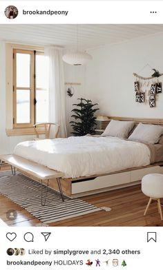 Neutrals and wood = L I F E 💛 beautiful and serene bedroom by ✨ . Scandinavian Interior Bedroom, Scandi Bedroom, Serene Bedroom, Bedroom Inspo, Home Decor Bedroom, Modern Bedroom, Scandinavian Bedroom Decor, Ideas Cabaña, Minimalist Bedroom