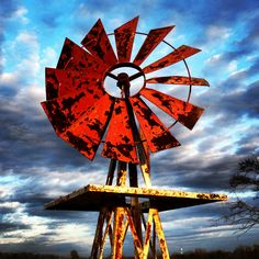 make your own farmhouse windmill decor 27 – Home Design Farm Windmill, Windmill Decor, Old Windmills, Unusual Buildings, Water Mill, Wind Power, Water Tower, Old Barns, Le Moulin