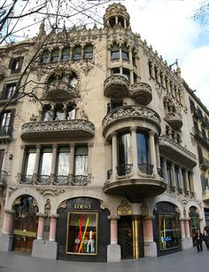 Casa Lleó Morera, designed by Lluís Domènech i Montaner. Barcelona.