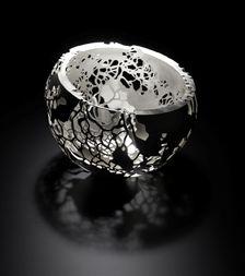 Contemporary British Silversmiths » Alex Ramsay leaf canopy bowl, hand pierced