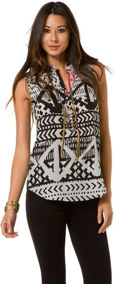 EIGHT SIXTY AFRICAN MOTIF SLEVELESS TOP > Womens > Clothing > Tops & Tees | Swell.com