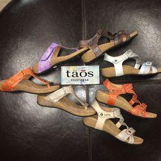 18 Beste Taos Footwear images on Pinterest Pinterest Pinterest   Sandalo, Wedge sandal   1c511f