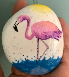 Adult Crafts, Crafts For Girls, Flamingo Coloring Page, Stone Painting, Rock Painting, Craft Projects, Projects To Try, Beach Rocks, Easy Paintings