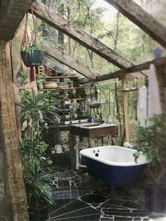 Heaven! Definitely putting a bath in greenhouse