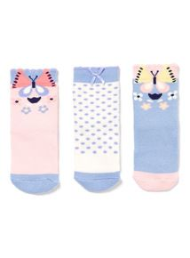 Buy Socks at Tu clothing online. Sainsbury's Tu clothing can be found in selected Sainsbury's stores across the UK. Buy Socks, Sainsburys, Kids Socks, Cotton Socks, Clothes, Socks, Outfits, Clothing, Kleding