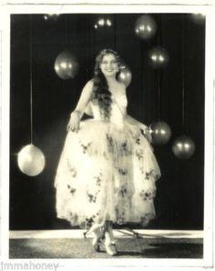 THELMA TODD High Heels ORIGINAL Vintage 1920s HOMMEL Stamped Portrait PHOTO Vamp