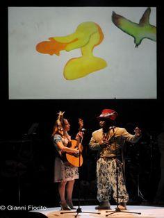 Un turbinio di emozioni e colori in scena, con i musicisti che interpretano – grazie ai loro strumenti – i personaggi dell'opera di Mozart.