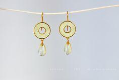silver plated, lemon citrin Schmuck Design, Silver Plate, Plating, Lemon, Drop Earrings, Jewels, How To Make, Color, Rhinestones