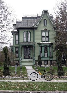 Exterior Paint Colors - You want a fresh new look for exterior of your home? Get inspired for your next exterior painting project with our color gallery. All About Best Home Exterior Paint Color Ideas Architecture Résidentielle, Victorian Architecture, Historical Architecture, Beautiful Architecture, Style At Home, Beautiful Buildings, Beautiful Homes, Beautiful Beautiful, Beautiful Pictures