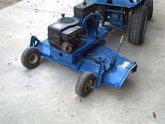 Converting a finishing mower to a pull behind with motor Lawn Tractor Trailer, Tractor Mower, Atv Attachments, Lawn Mower Repair, Food Plot, Metal Shaping, Tractor Implements, Riding Mower, Ford Tractors