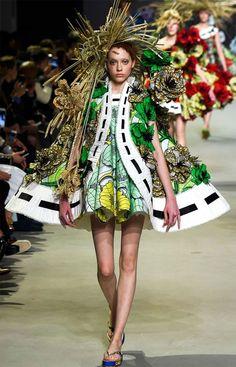 Viktor & Rolf Couture 2015 Spring/Summer