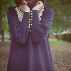 lace collar and buttons - very cute Ylime xxx Love Fashion, Fashion Beauty, Autumn Fashion, Vintage Fashion, Womens Fashion, Navy Dress, I Dress, Dress Shirt, Vestidos Polo